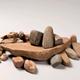 Diverse materialen van een klokbekersmid, gevonden in Hengelo © Museum het Valkhof
