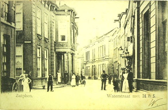 De Waterstraat rond 1900