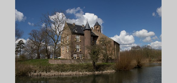 Kasteel Waardenburg (5 april 2015)