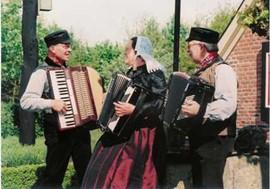 achterhookse Folkloredansers