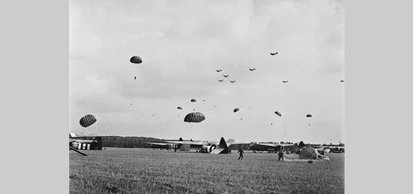 Landing 17 september 1944. Collectie Airborne Museum Hartenstein